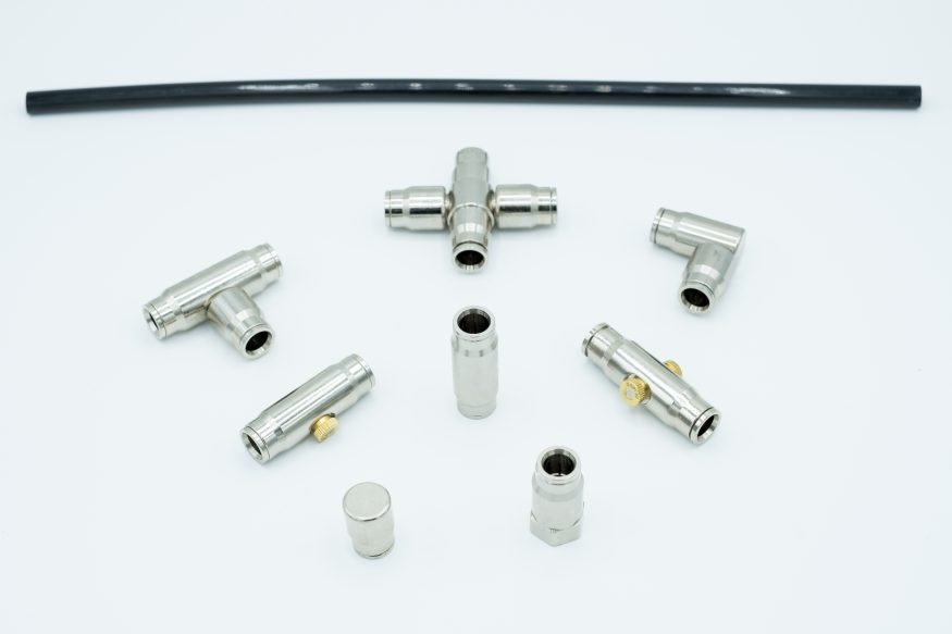 Components for installations and nozzles